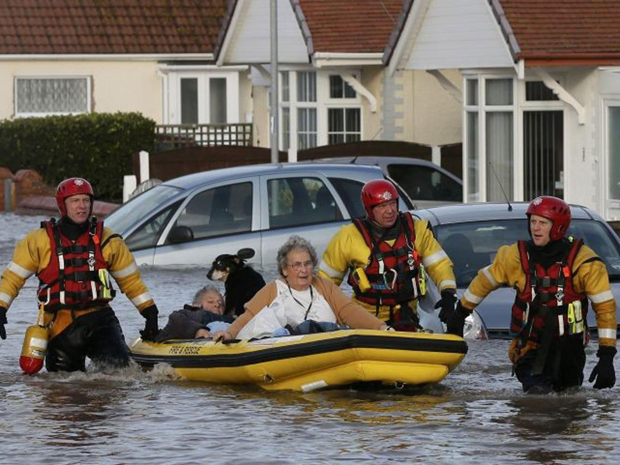 Extreme weather to cost UK billions and leave 2.5m homes at risk of flooding unless ministers take action, warns WWF