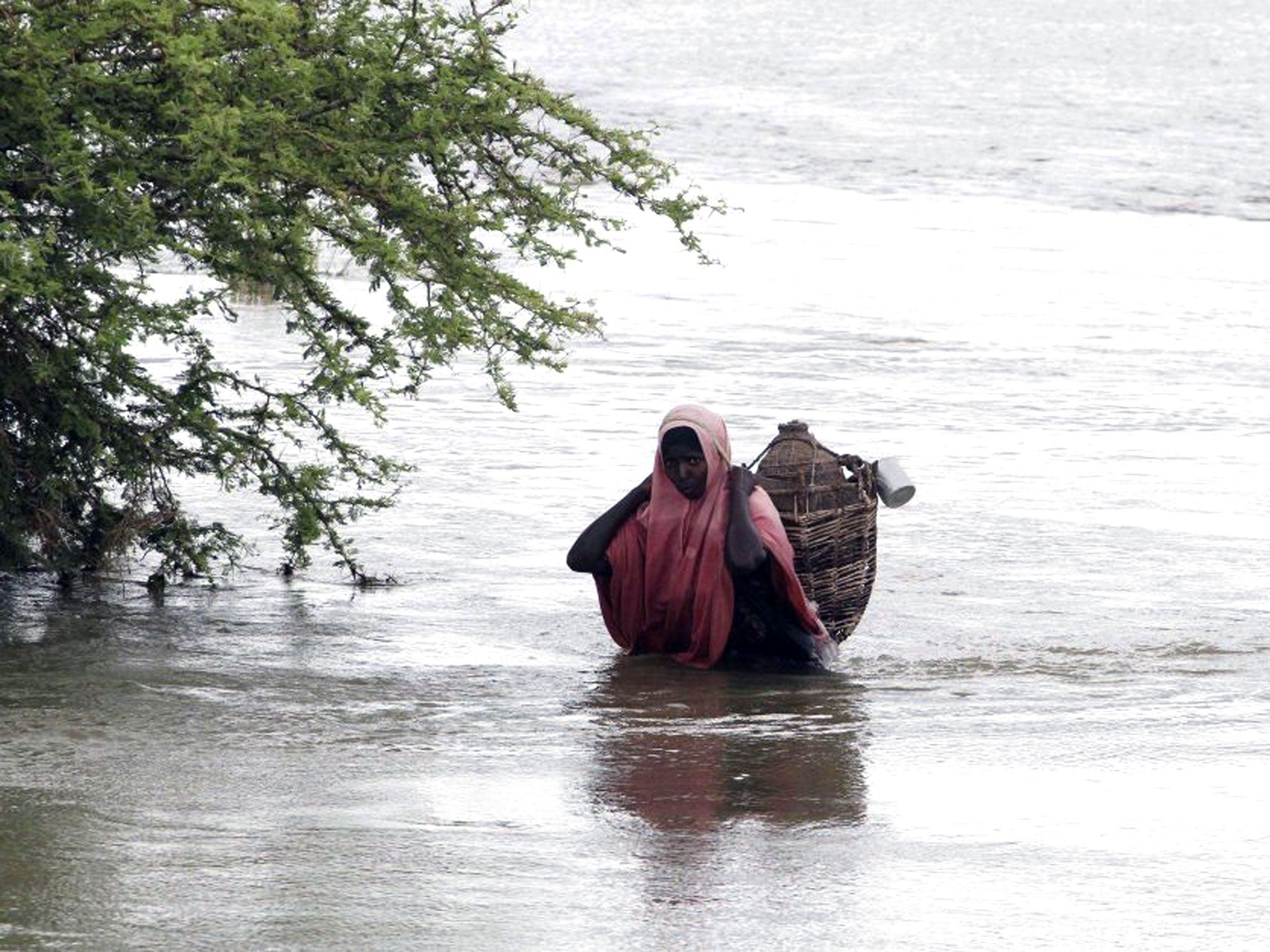 In pictures: Floods displace thousands people in Somalia