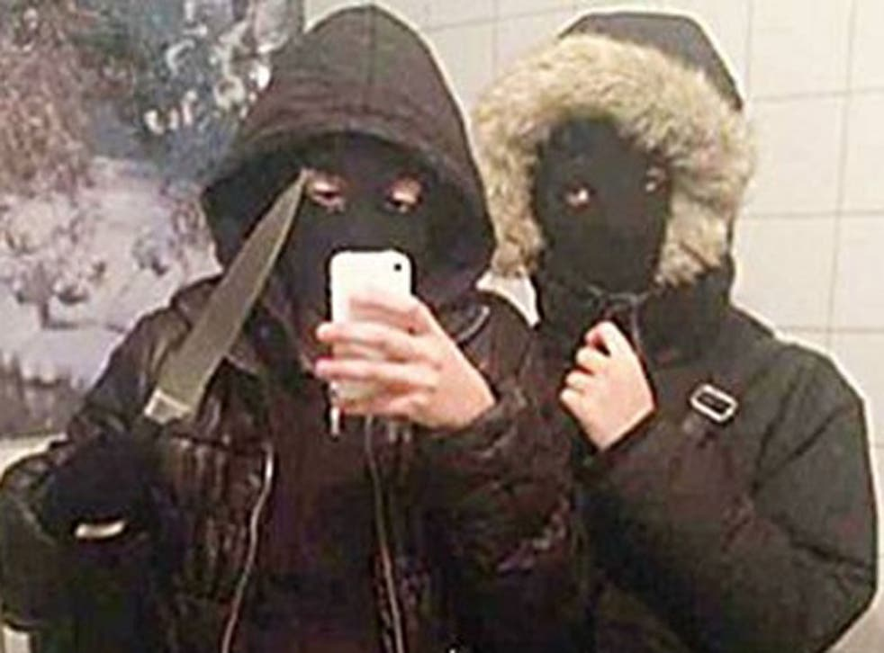 A teenage girl in Sweden has been convicted of robbery after taking a pre-crime selfie wielding a knife