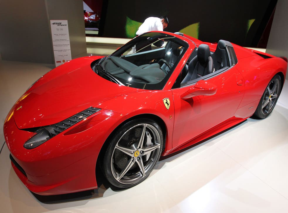 A Ferrari 458 Spider, much like the one involved in a crash with a police car