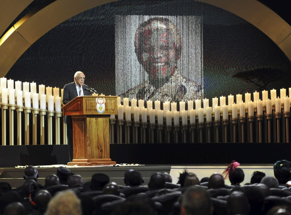 Ahmed Kathrada delivers his tribute to Nelson Mandela during his state funeral