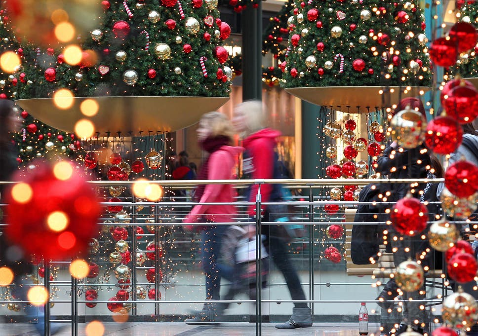 Trading Christmas.High Street Hit By Weak Christmas Trading As Number Of