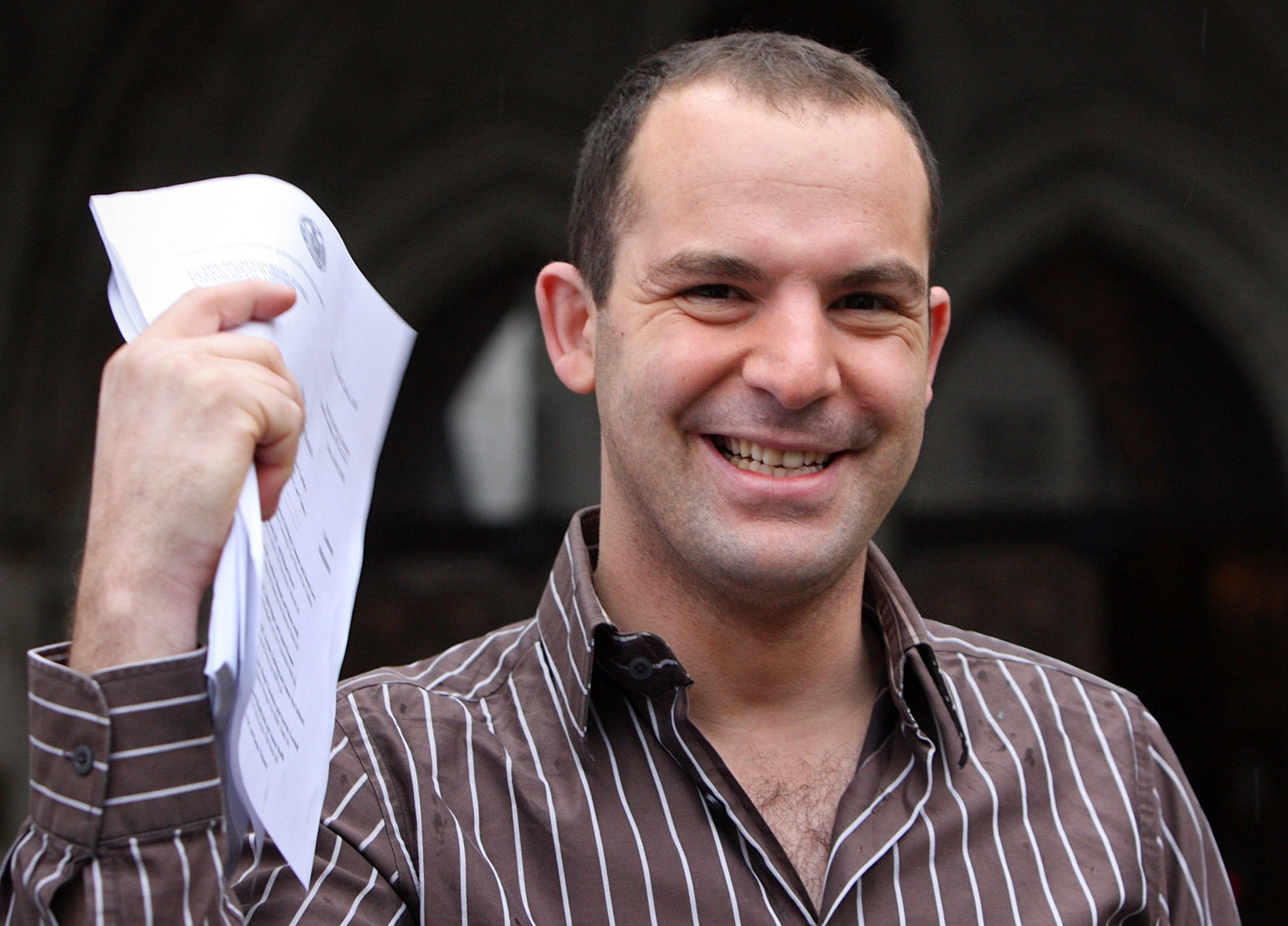 MoneySavingExpert.com's Martin Lewis Claims Facebook Is Refusing To Remove Fake Ads Using His Face photo