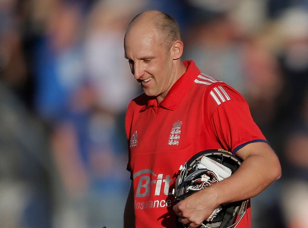 James Tredwell will be available for the final Test in Sydney
