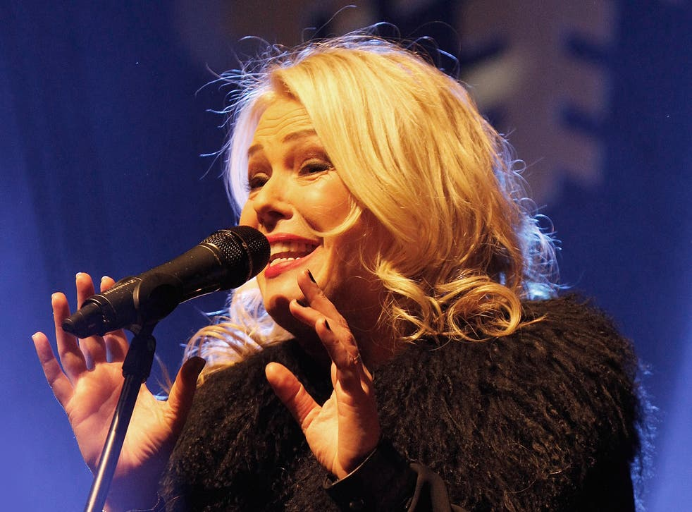 Kim Wilde has embarked on her first solo dates since 1986