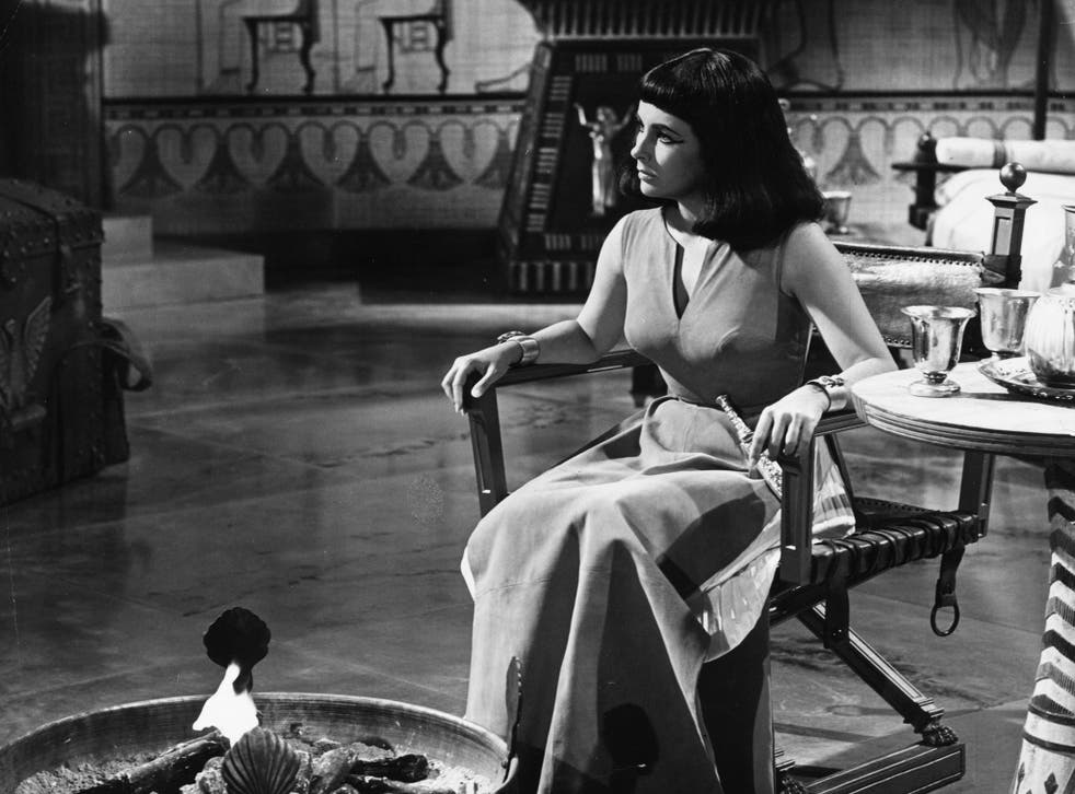 Actress Elizabeth Taylor filming the 1963 film 'Cleopatra' directed by Joseph L. Mankiewicz