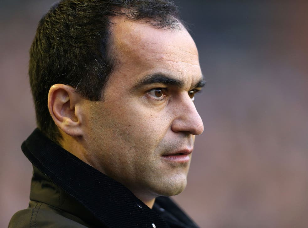 Roberto Martinez insists that Everton will resist transfer bids for their top players during the transfer window