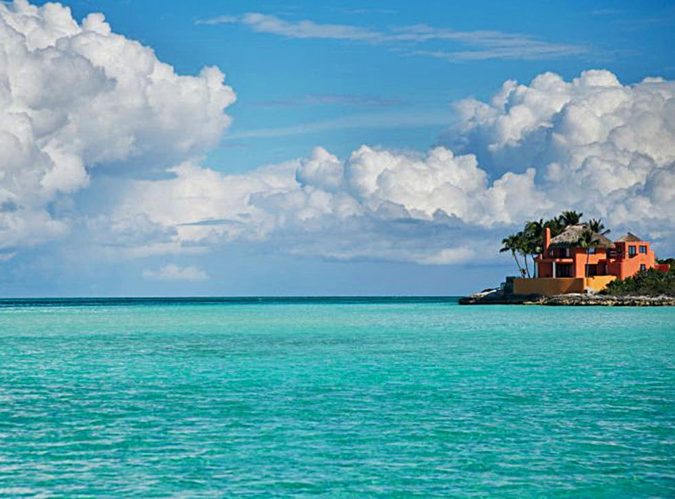 <p>Part of the job will be based in the Bahamas</p>