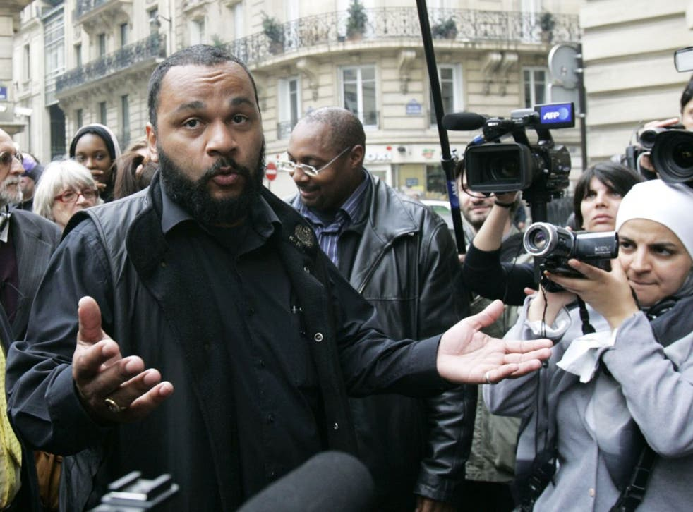 The French interior minister wants Dieudonne banned M'bala M'bala from the stage for what he says are racist and anti-Semitic performances.