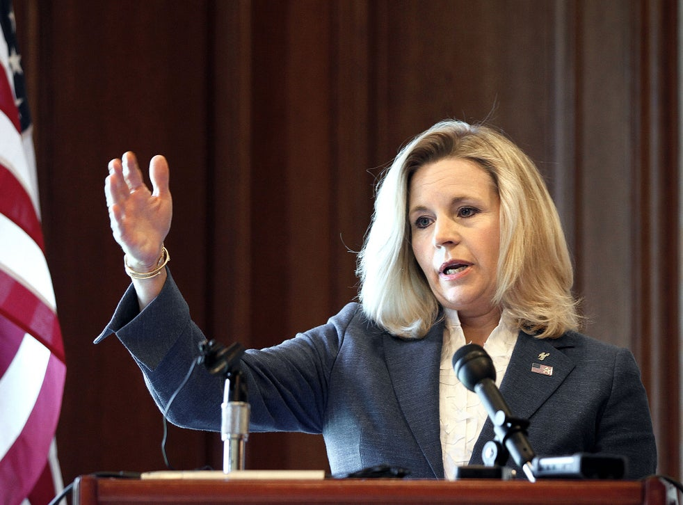 Liz Cheney daughter of former Vice-President Dick pulls ...