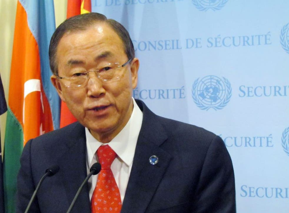 UN Secretary-General Ban Ki-moon began sending out invitations to the Syria peace talks on Monday