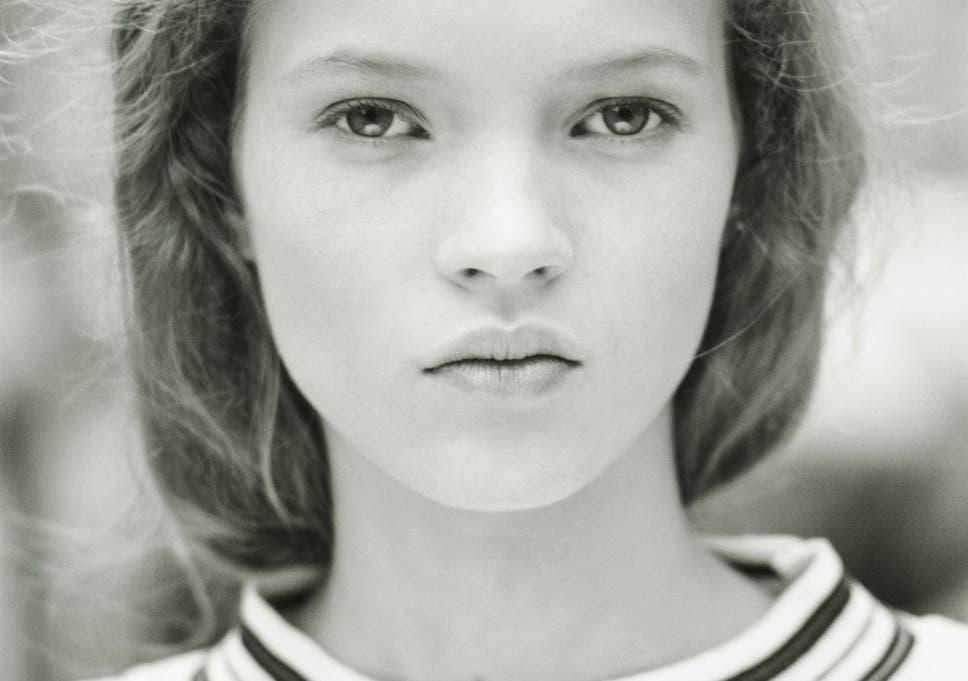 Kate Moss Nude Photos 51