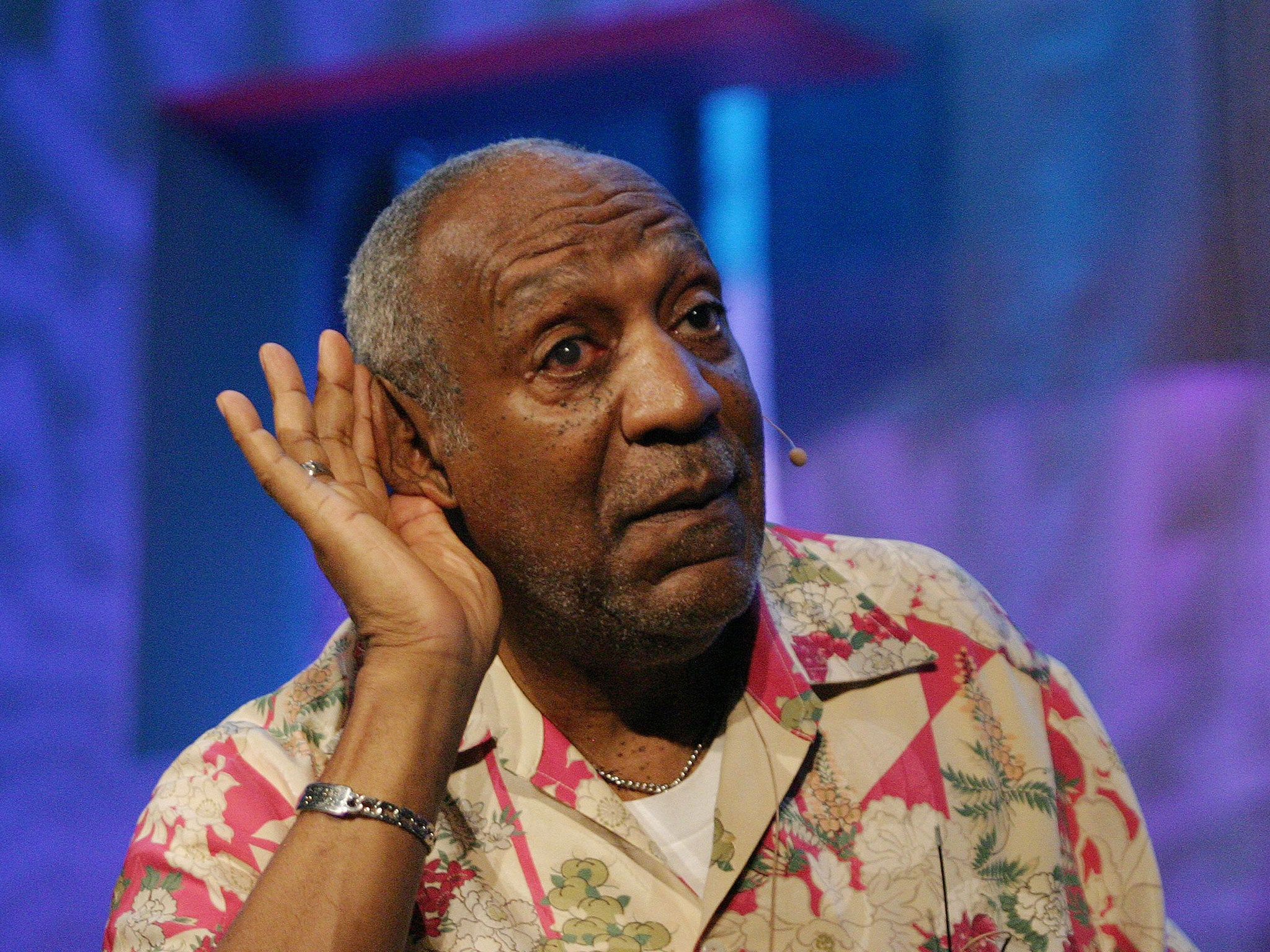 Bill Cosby Memes Twitter Challenge Fails As Users Highlight His Past Rape Allegations The Independent The Independent