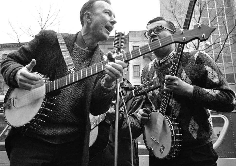 Silent At Last Pete Seeger The Voice Of Us Protest The Independent