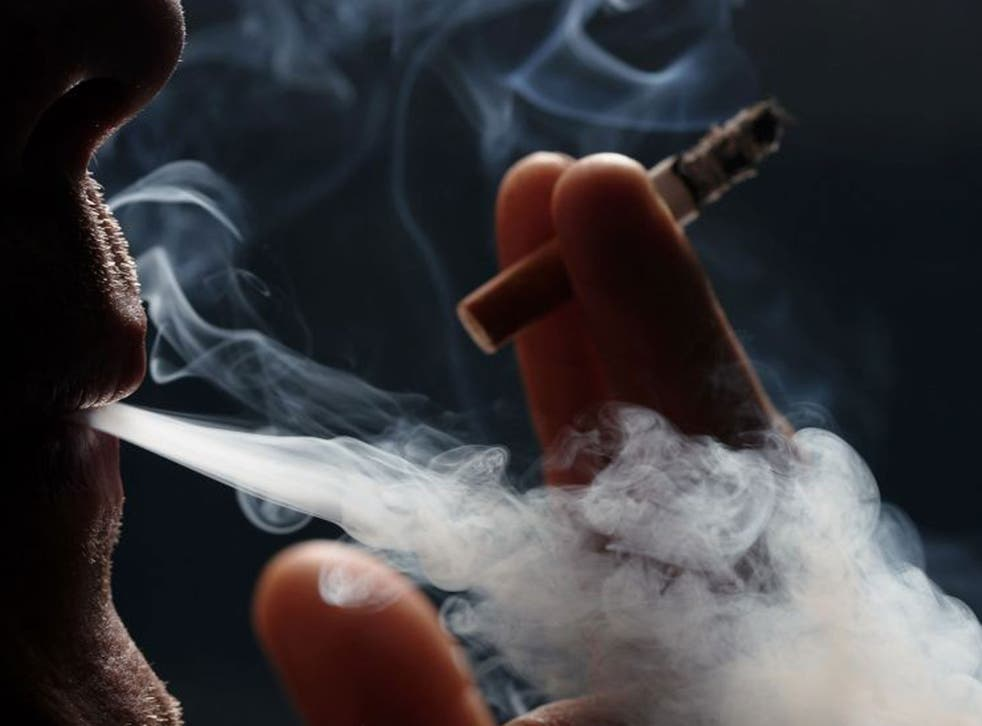 Individuals given smokers' lungs are just as likely as those given normal lungs to be alive after three years