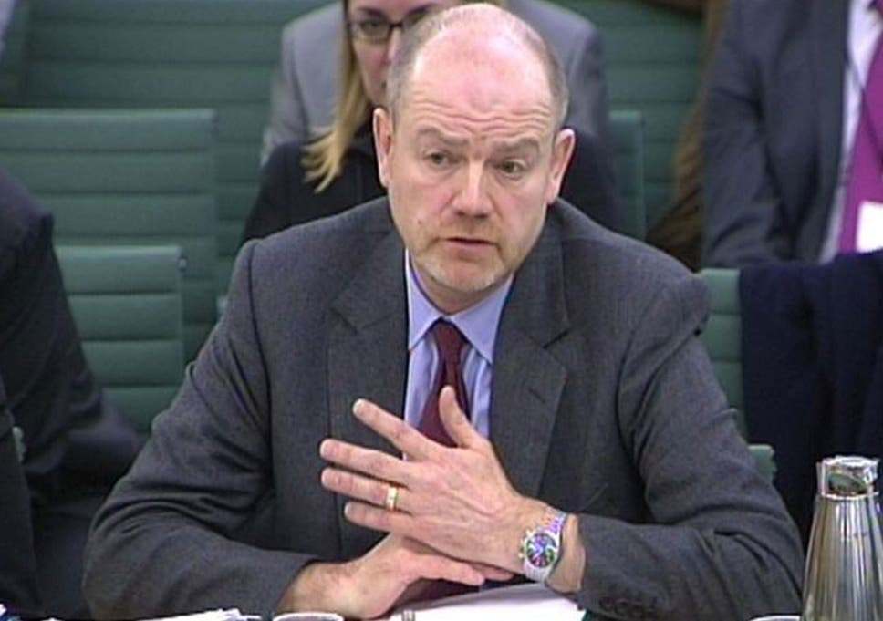 Ex-BBC boss Mark Thompson apologises to MPs and public over