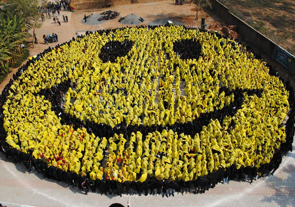 Happy Days Human Brain Now Registers Smiley Face Emoticon As Real