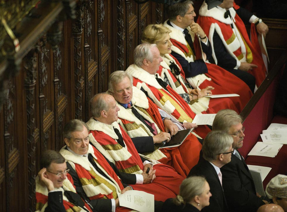 Peers will be banned from lobbying members of either the Commons or Lords ministers or government officials
