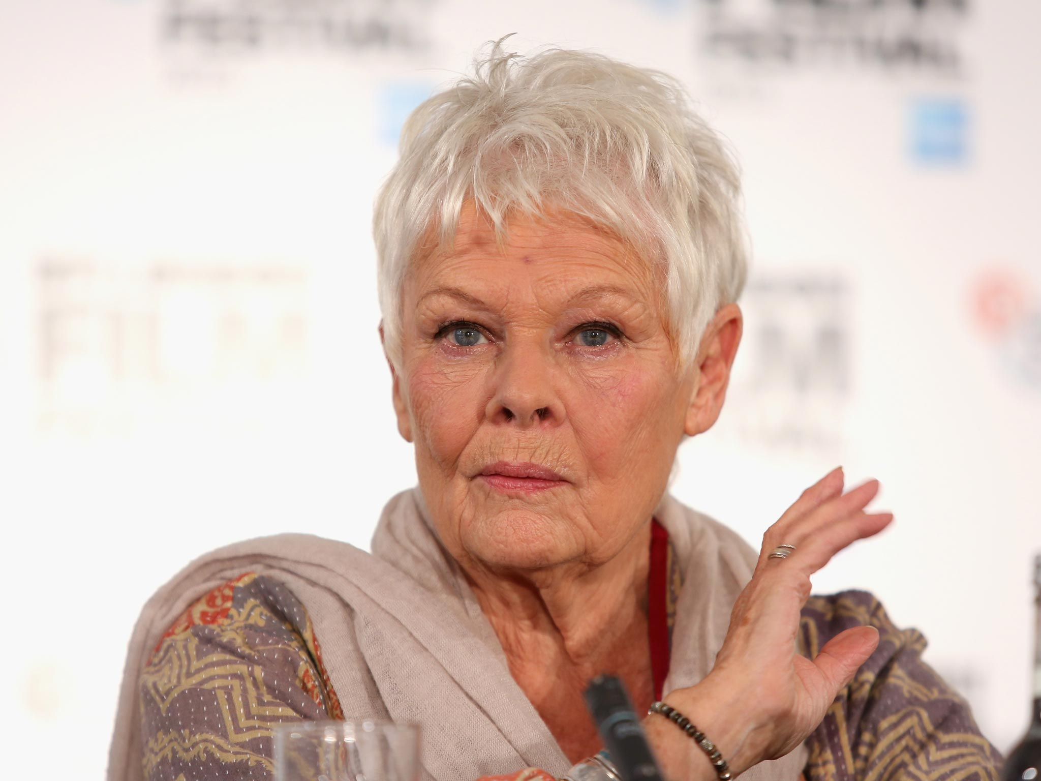 judi dench star warsjudi dench young, judi dench harry potter, judi dench played m, judi dench die another day, judi dench films, judi dench is scottish, judi dench james bond, judi dench 2016, judi dench first film, judi dench oscar, judi dench actor biography, judi dench hamlet, judi dench movies, judi dench cabaret, judi dench maggie smith, judi dench queen, judi dench 1990, judi dench star wars, judi dench nationality, judi dench latest news