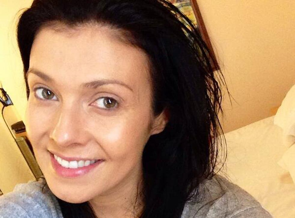 Actress Kim Marsh poses for a #nomakeupselfie on Twitter to raise awareness of cancer