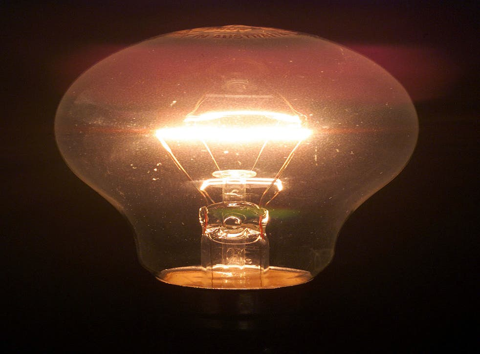 """The force pays a maintenance firm £100 if a bulb """"urgently"""" needs replacing"""