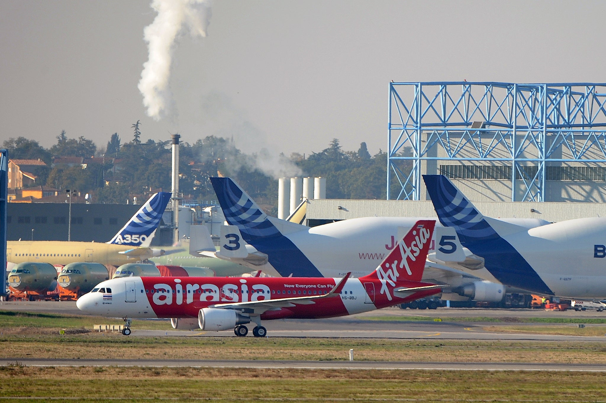 Missing Airasia Flight Qz8501 Airline Magazine Bragged That Its Jakarta Singapore Planes Would Never Get Lost The Independent