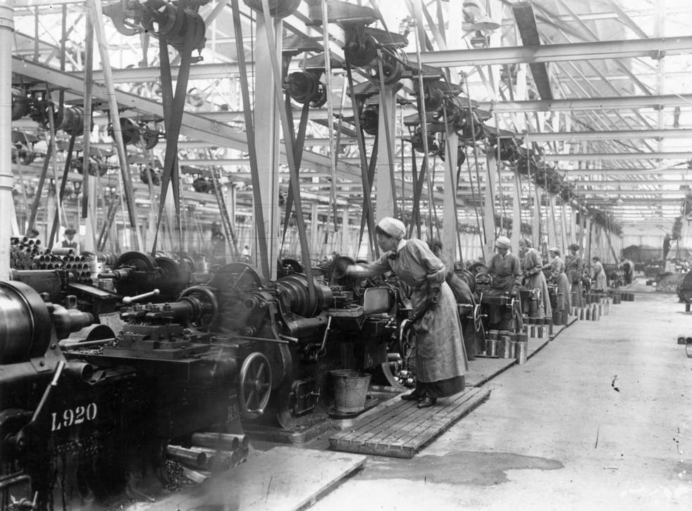 Social change: Women manufacturing munitions for the Great War in 1914