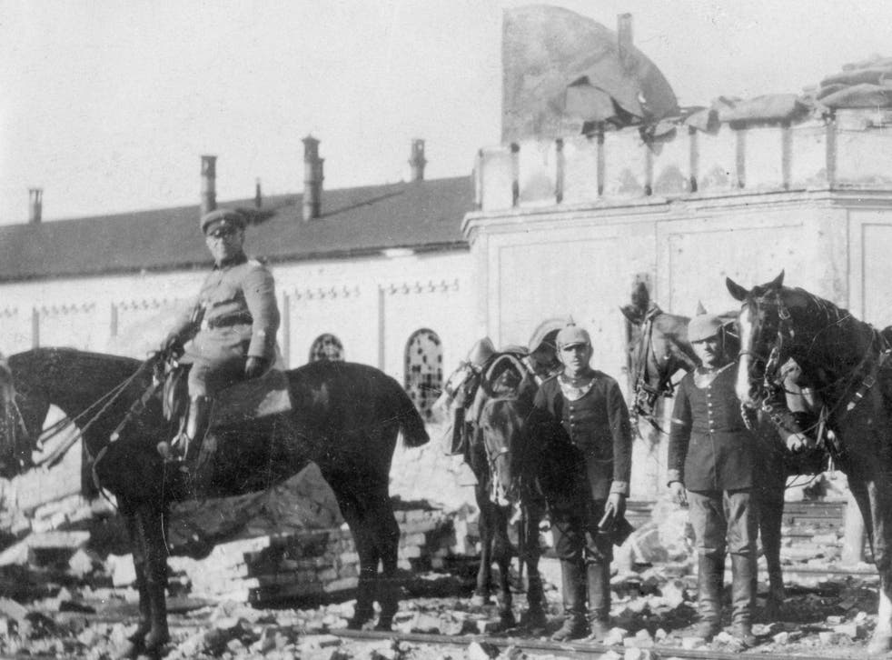 German soldiers in Wirballen, a border town between the German Reich and Russia