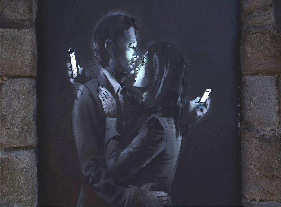 Art blogs have christened the work 'Mobile Lovers'