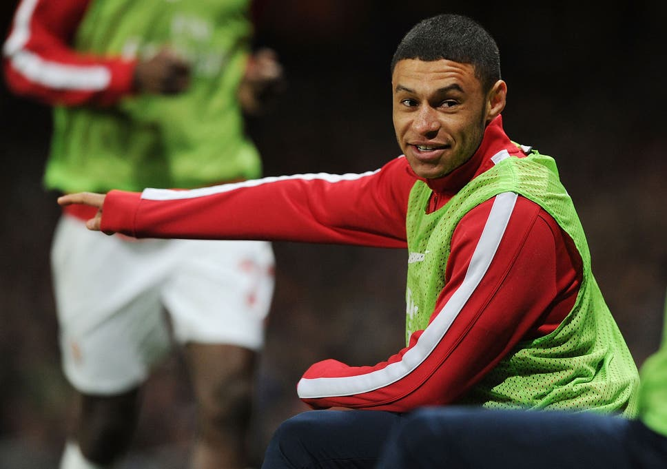 5ae824a9d2e Alex Oxlade-Chamberlain could miss the FA Cup final with a groin problem