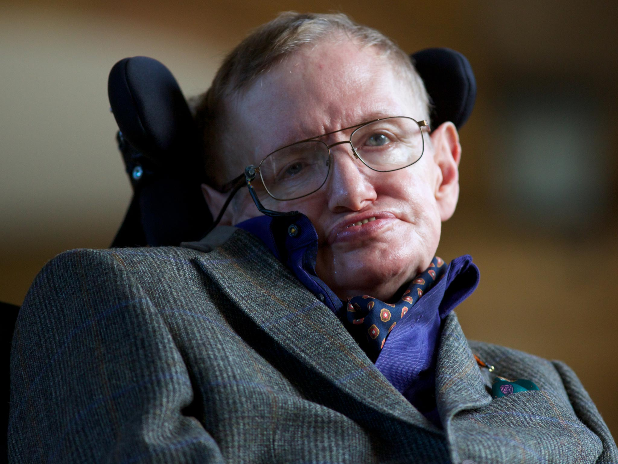 Stephen Hawking: 'Transcendence looks at the implications of artificial ...