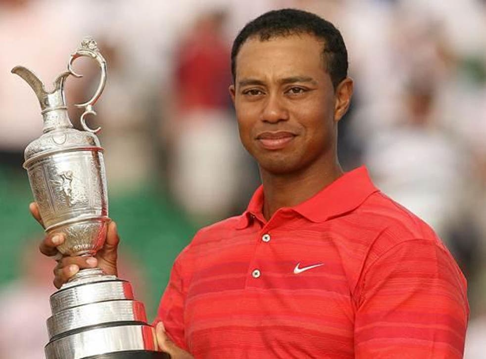 Tiger Woods sporting the Nike brand in better days