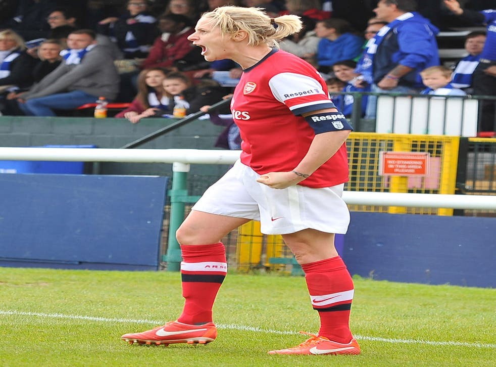 Kelly Smith's two strikes helped Arsenal to victory