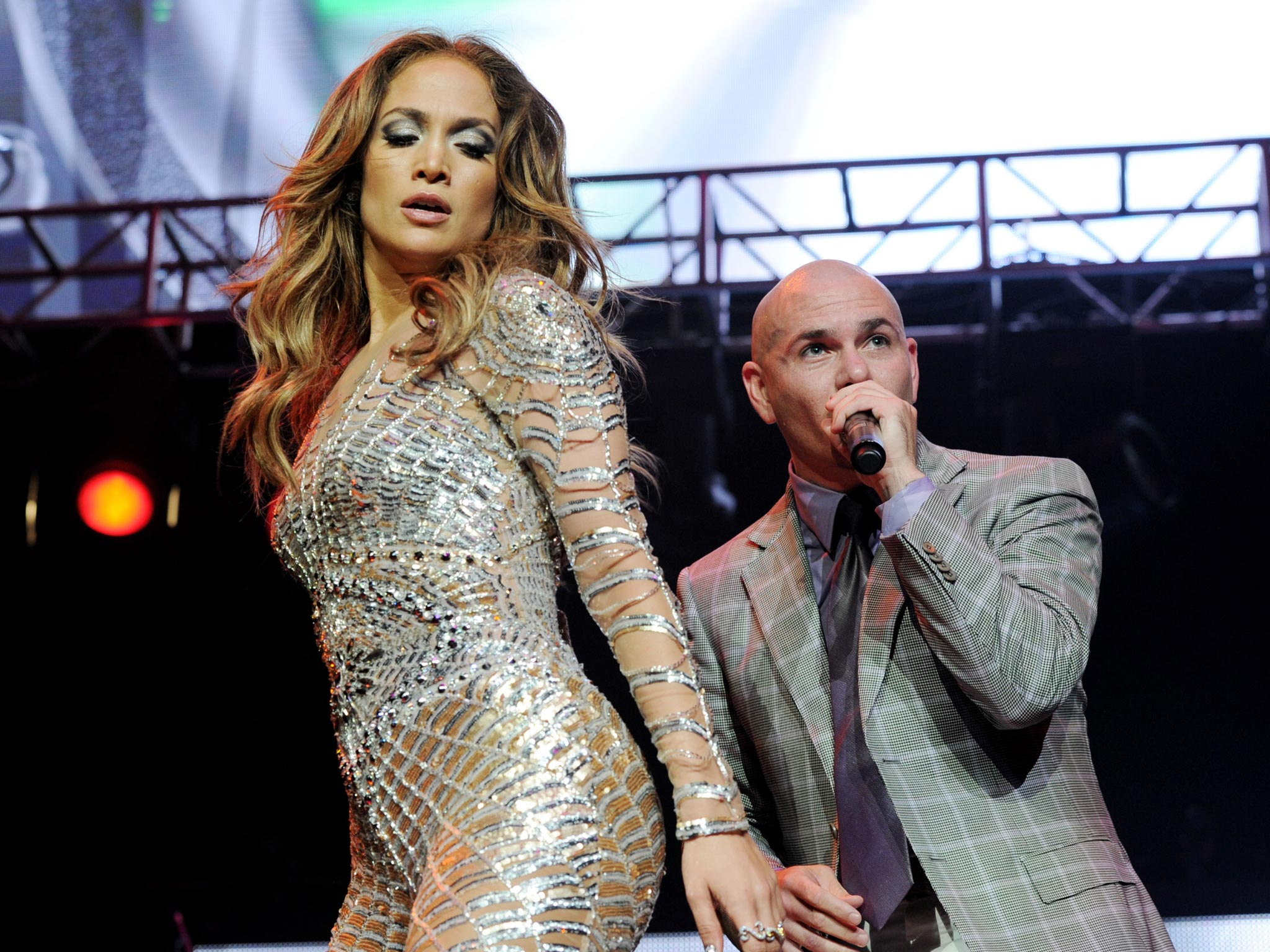 Pitbull Jennifer Lopez