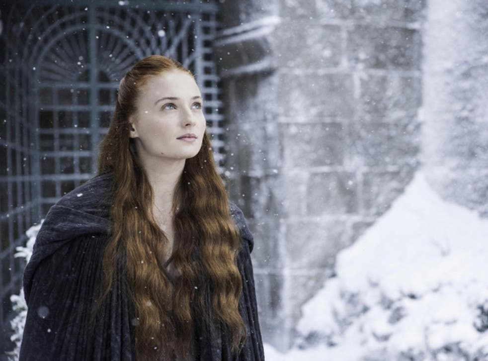 After so long in King's Landing, Sansa sees snow falling at the Eyrie in the Vale, it reminds her of Winterfell