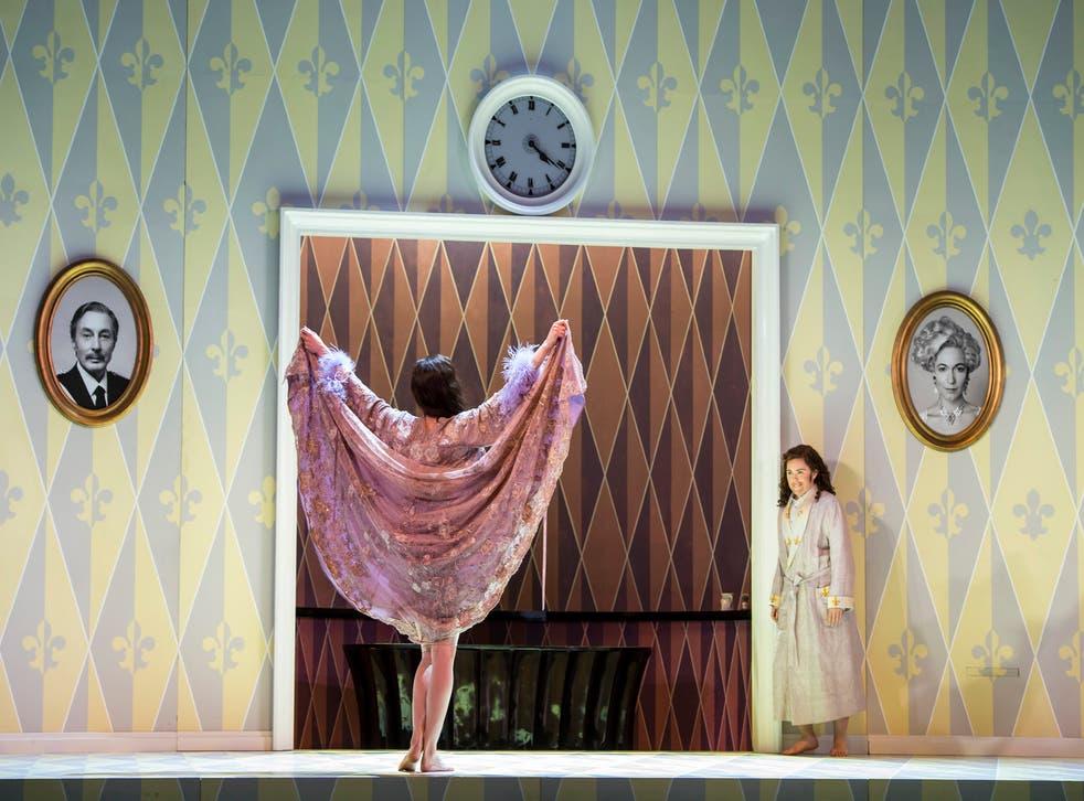 The Marschallin (Kate Royal) and Octavian (Tara Erraught) in Der Rosenkavalier