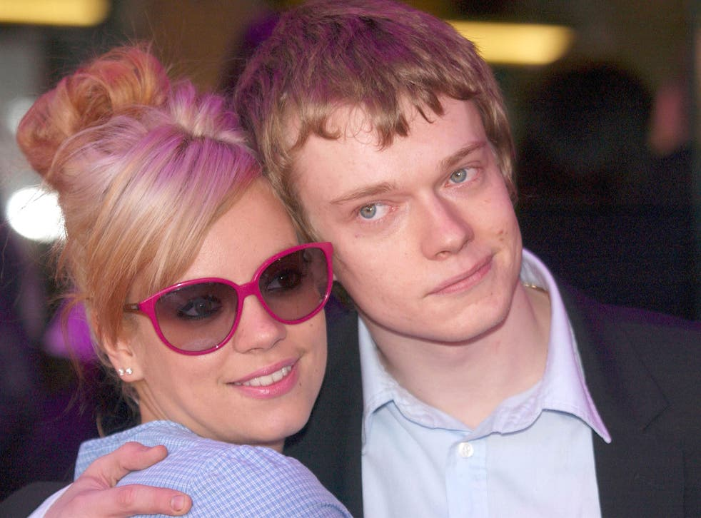 Real life siblings Lily and Alfie Allen in 2008