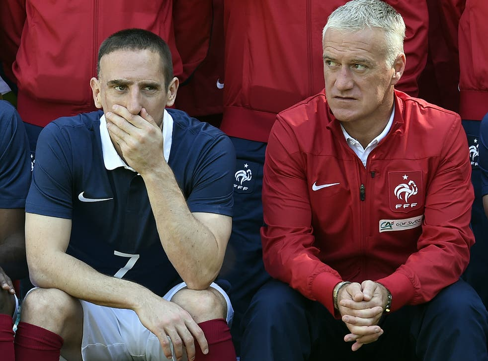 Franck Ribery alongside France's head coach Didier Deschamps for the pre-World Cup picture