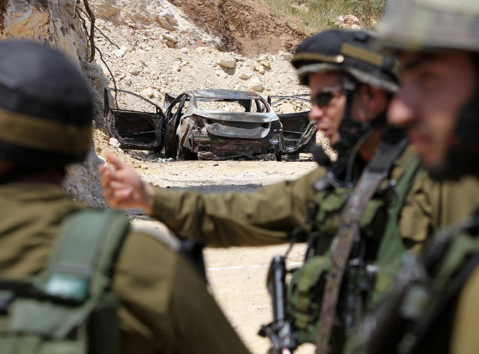 Troops conducted sweeps in Palestinian villages and towns in the southern West Bank including Idna, Dura, Halhoul and Hebron
