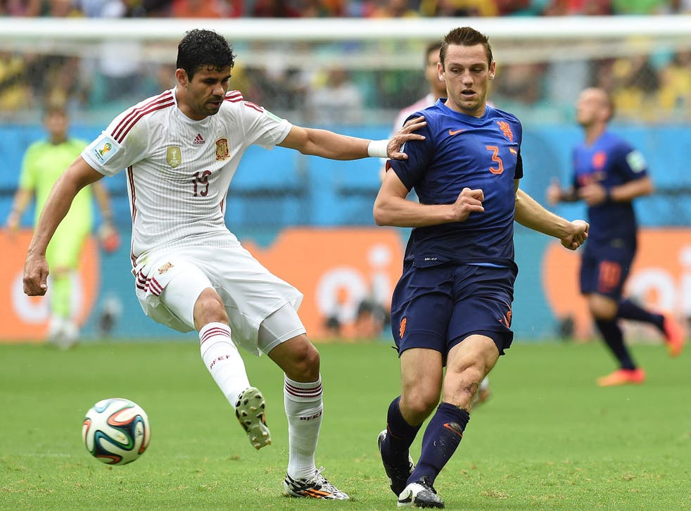 Diego Costa, who is currently at the World Cup with Spain, is reportedly on the verge of signing for Chelsea.