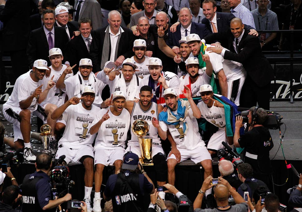 fe5e26a3d859 The San Antonio Spurs beat the Miami Heat to win the 2014 NBA Finals 4-