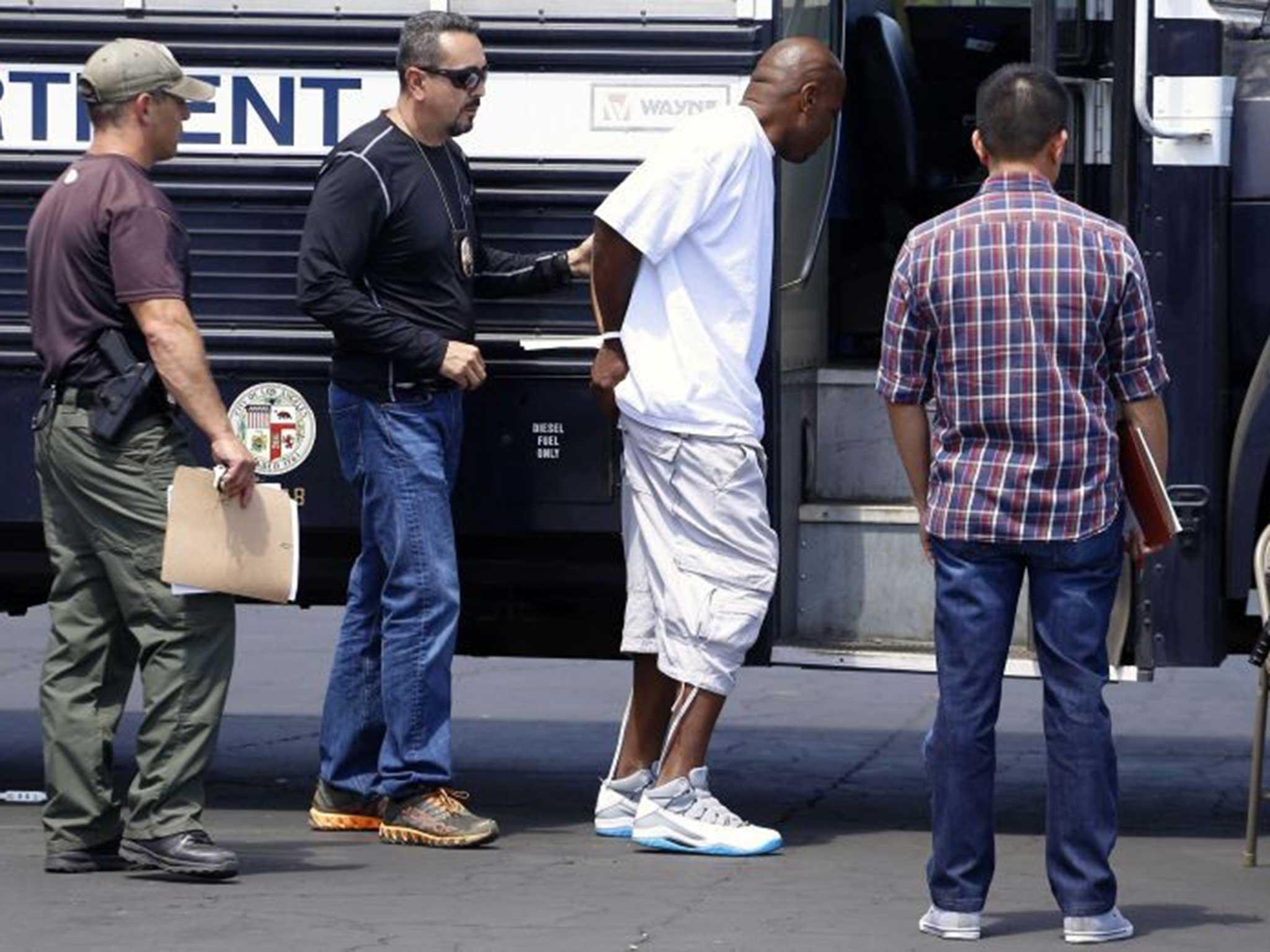 Gang dragnet sweeps up 72 of LA's hard-core Crips | The