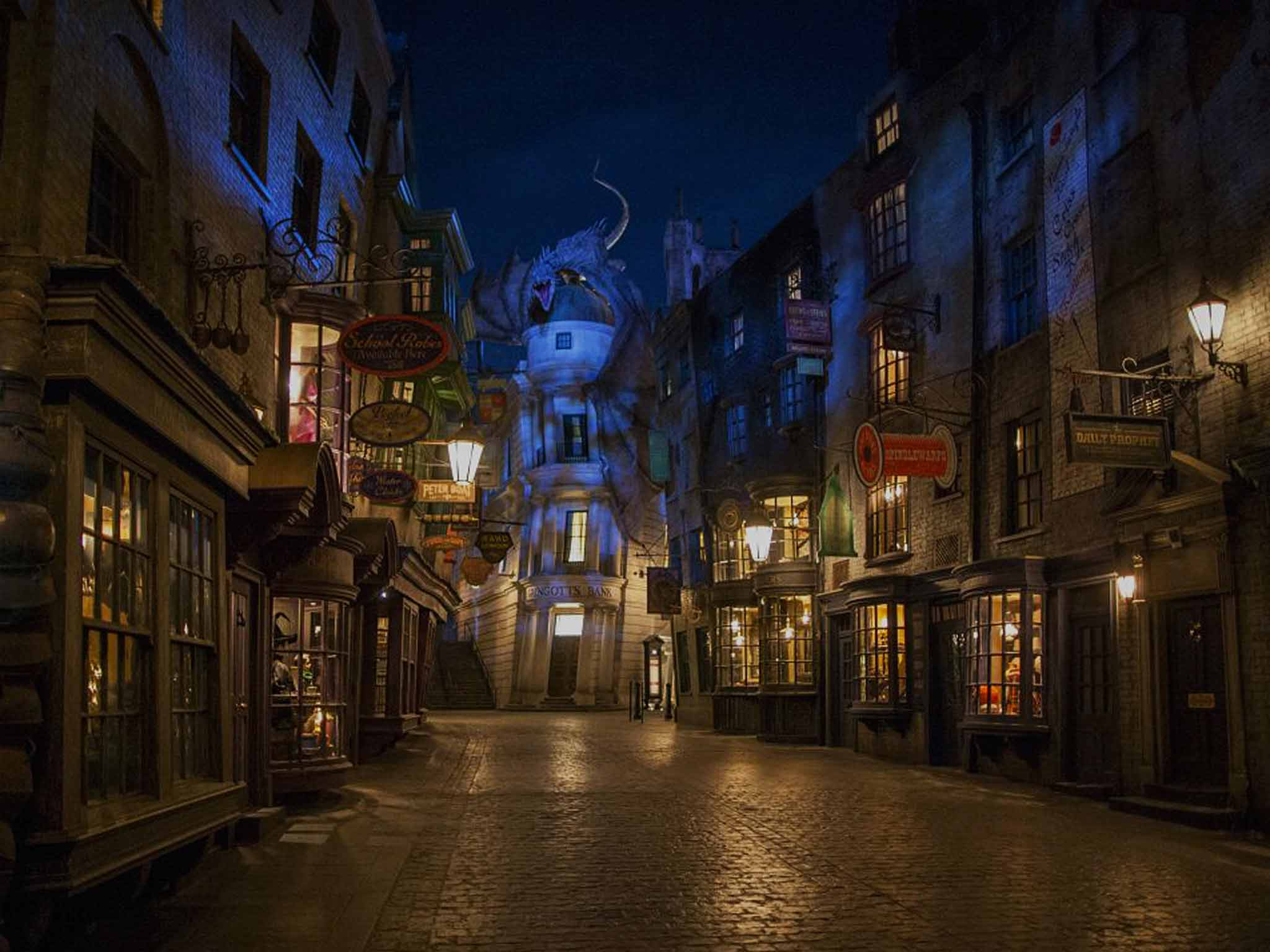 Inside Diagon Alley The New Attraction At The Wizarding