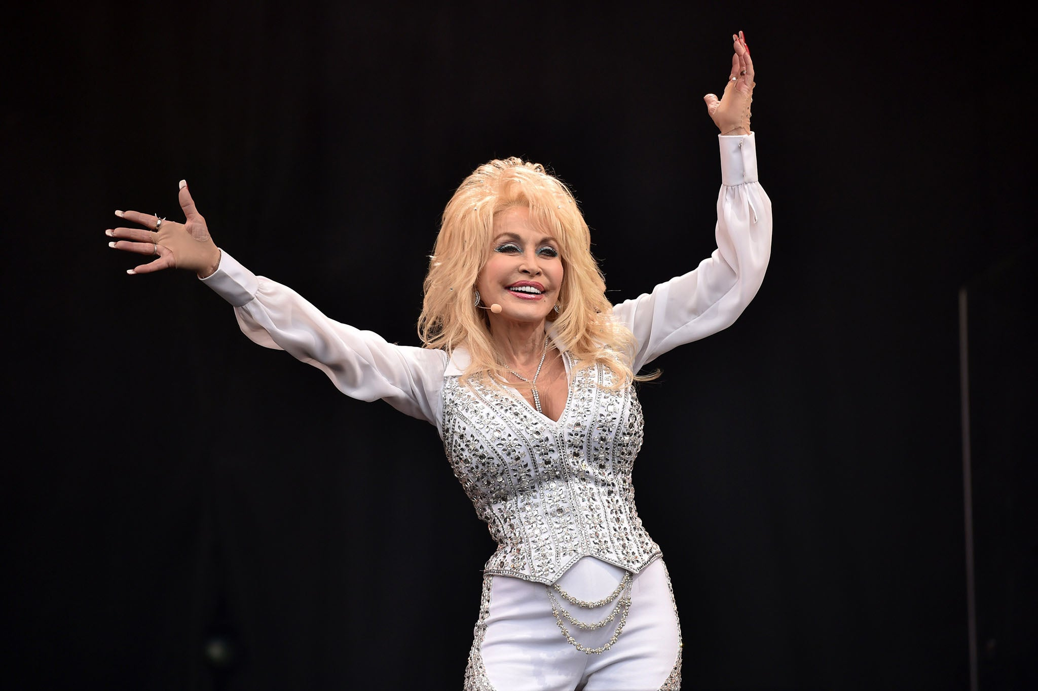 the legendary dolly parton The legendary dolly parton 1381 words | 6 pages american icon is, dolly parton dolly has surpassed any rags to riches story that ever lived she has touched the.