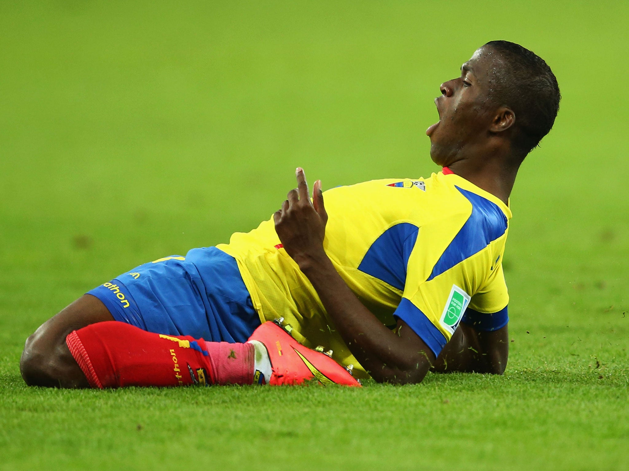 Enner Valencia to West Ham Ecuador striker undergoing medical