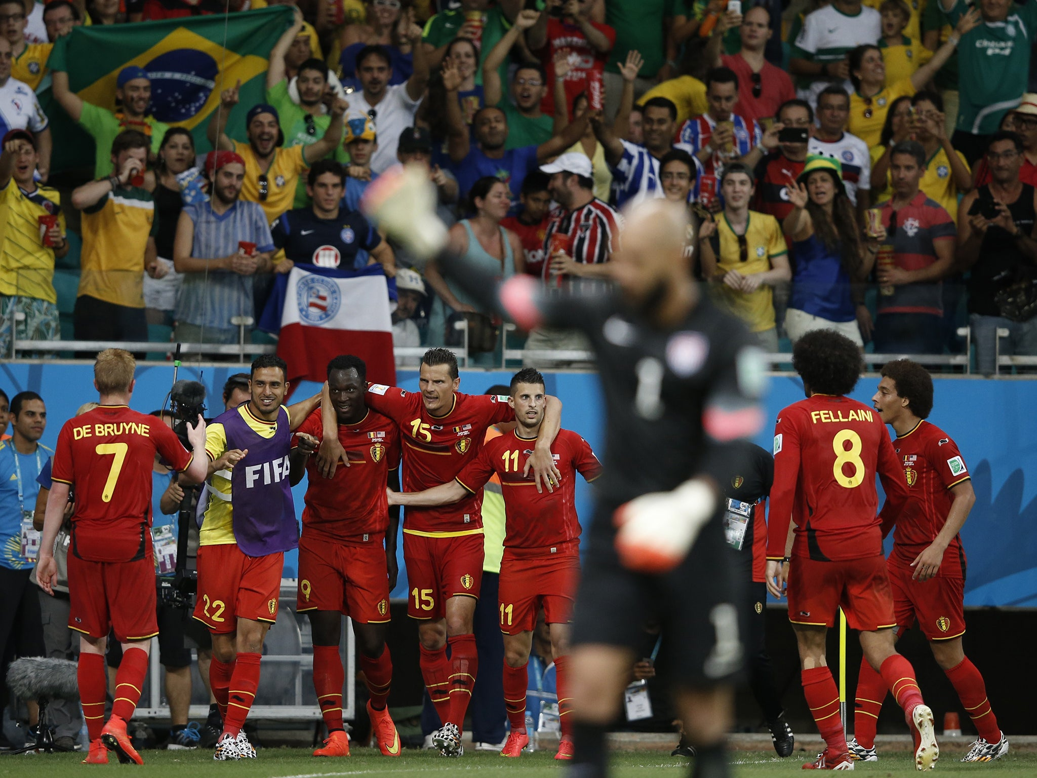 7c59fc501 Belgium vs United States match report World Cup 2014  Kevin De Bruyne and  Romelu Lukaku overcome Tim Howard in extra-time thriller