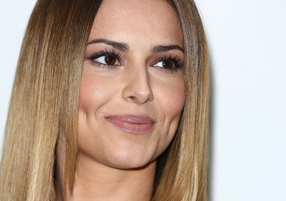 Cheryl Cole Changes Her Name To Cheryl Fernandez Versini After