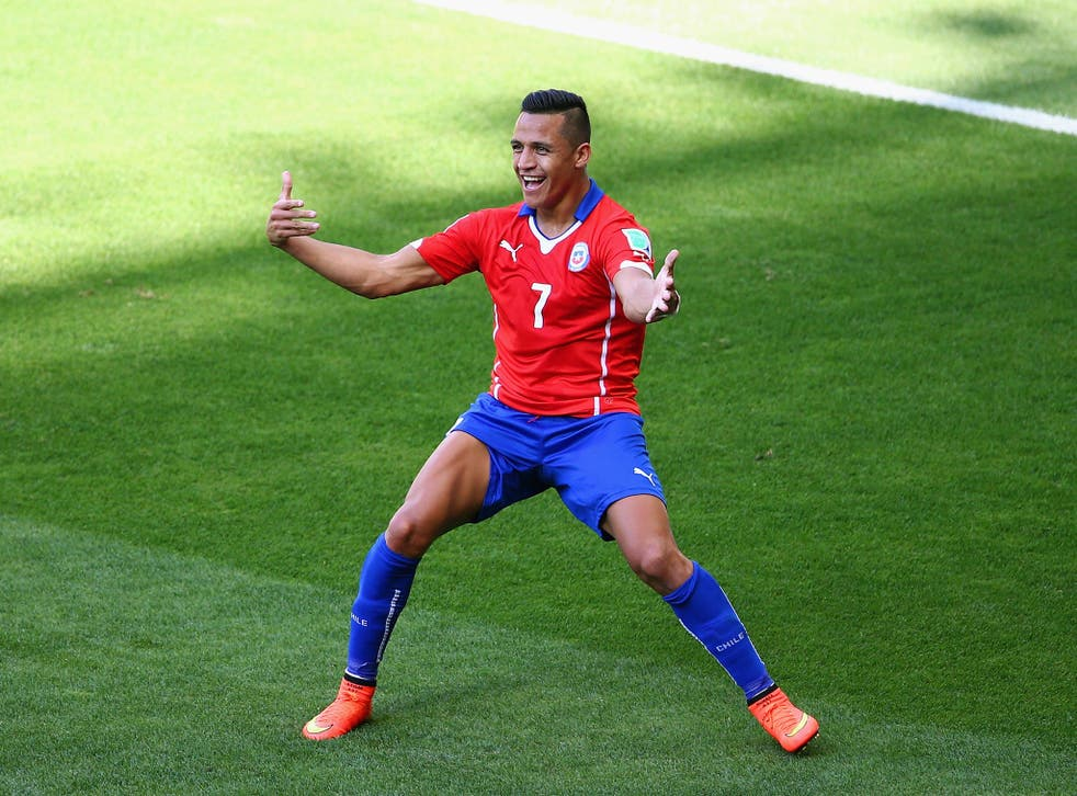 Alexis Sanchez in not interested in joining Liverpool, according to reports