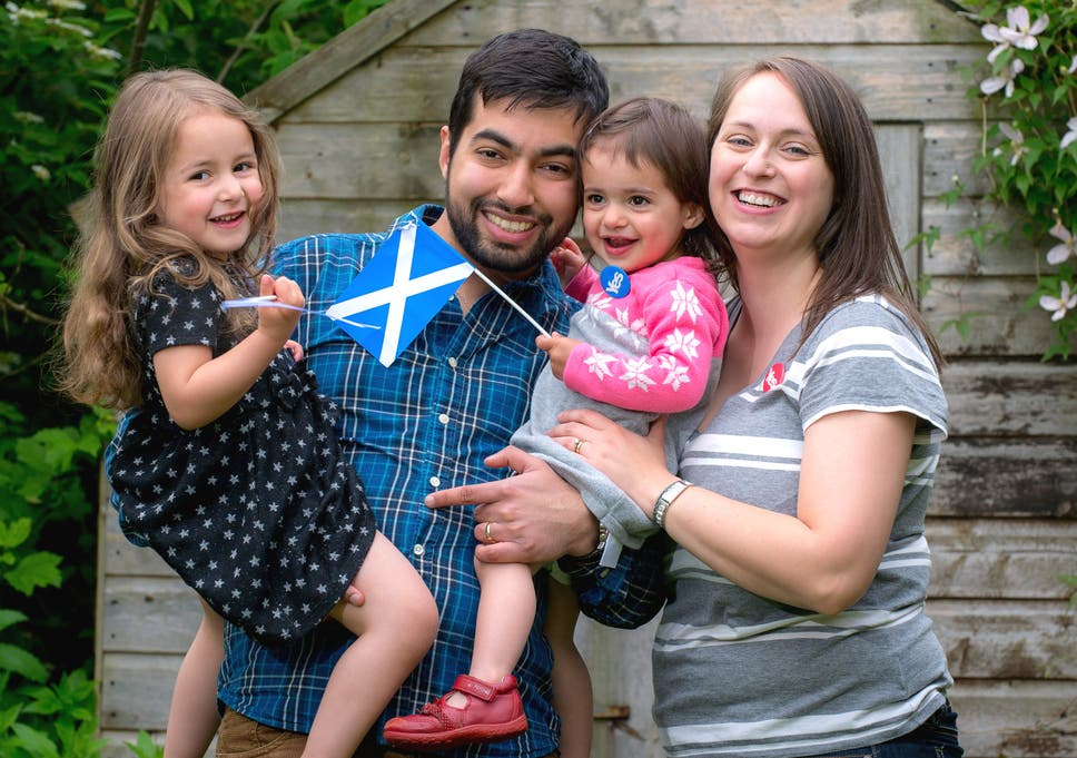 scottish independence former pro union voters explain why they  fiona sarwar with her husband mohsin and children hannah and abigail at  their home