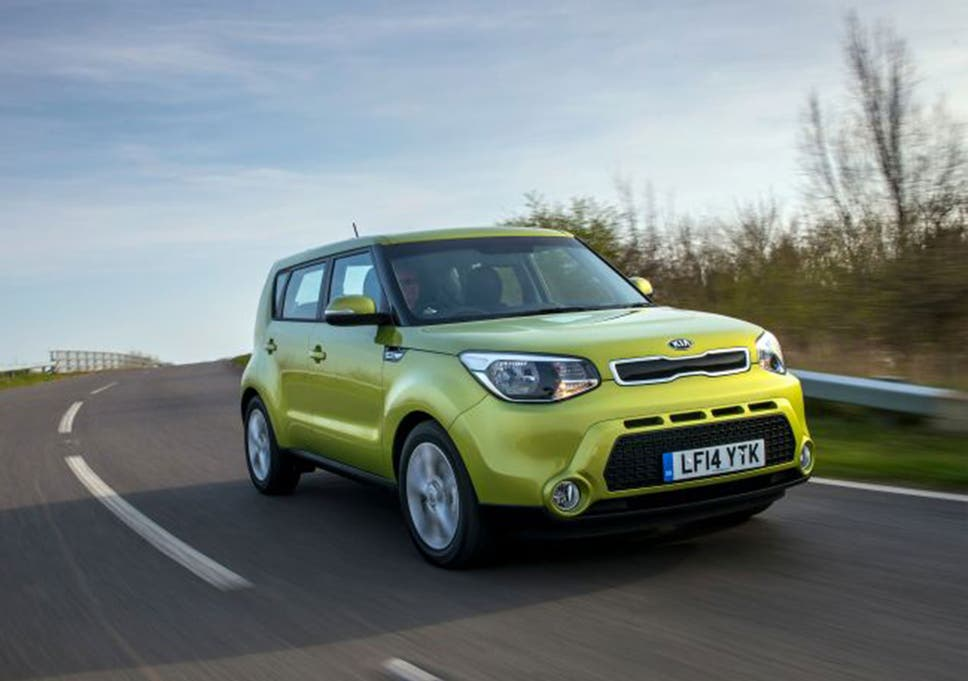 Kia Soul 1.6 CRDi Connect Plus, Motoring Review: This Car Makes My Head  Hurt To Look At But It Does Stand Out From The Crowd